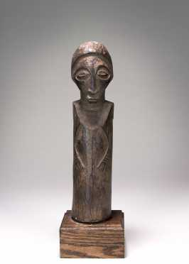 A pre-Bembe Hunter figure