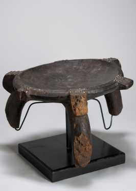 A Nyamwesi stool