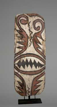 An upper Sepik shield