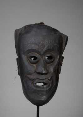 Dance or shamanic mask