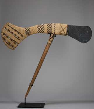 A fine Mount Hagen prestige axe