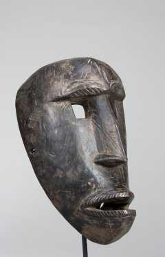 A Bamana mask
