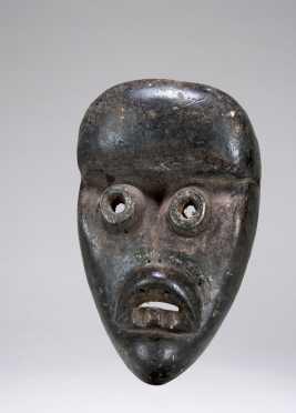 A Dan or Kran deformity mask